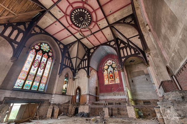 Church_Intact_Stained_Glass