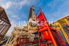 Separating Gas and Drilling Mud