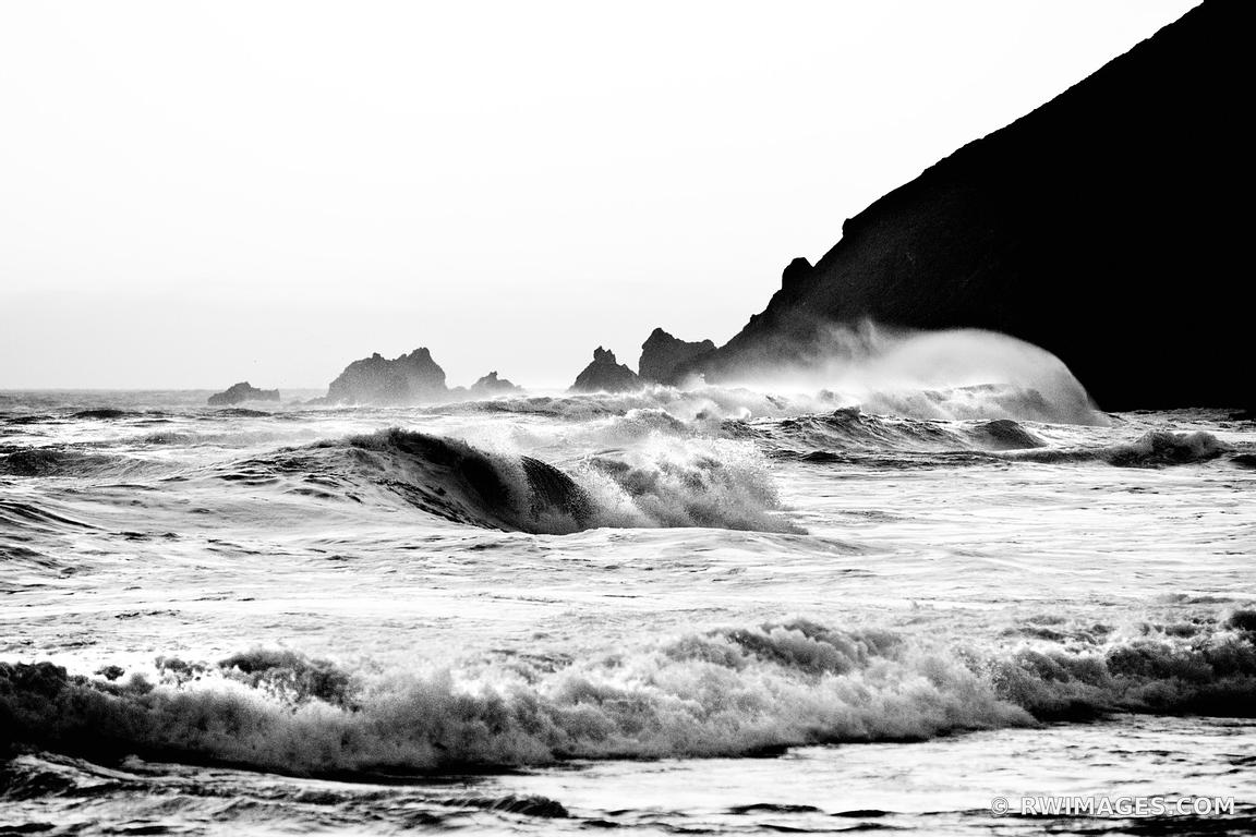 PFEIFFER BEACH PFEIFFER BIG SUR STATE PARK BIG SUR CALIFORNIA BLACK AND WHITE