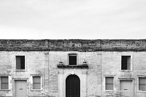 CASTILLO DE SAN MARCOS ST. AUGUSTINE FLORIDA BLACK AND WHITE