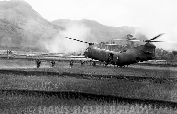Under fire in the landing zone.  US Army combat aviation operations in Viet Nam