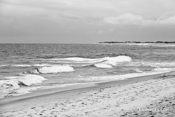 ATLANTIC OCEAN BEACH CAPE HATTERAS OUTER BANKS NORTH CAROLINA BLACK AND WHITE LANDSCAPE