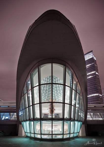 Milwaukee_Art_Museum_Central_Vestibule