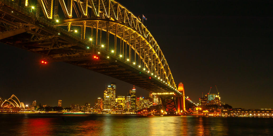 Under_the_Sydney_Harbour_Bridge-1