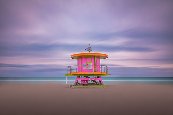 MiamiBeach_SouthBeach_Photograph_LIfeguard_FineArt