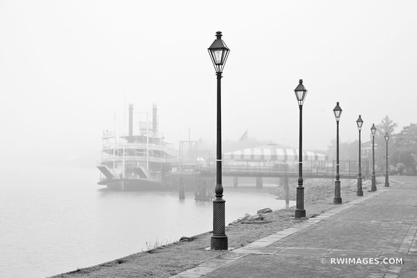 FOG OVER MISSISSIPPI RIVER NATCHEZ STEAMBOAT NEW ORLEANS BLACK AND WHITE