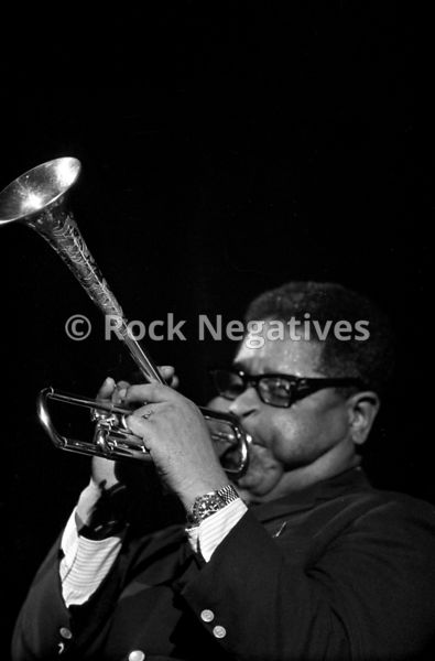 Dizzy_Gillespie_-Group_02-165