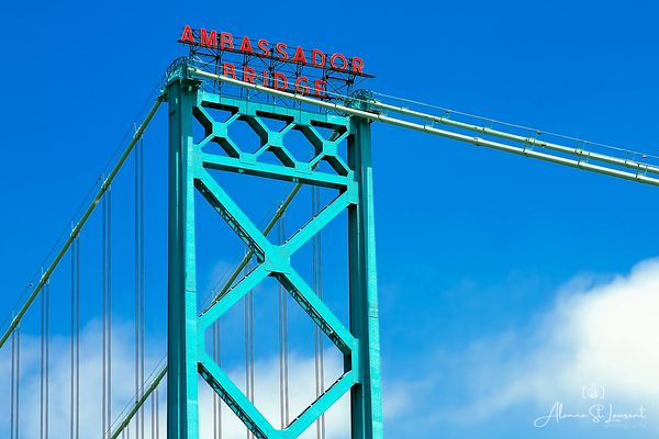 Ambassador_Bridge_Closeup