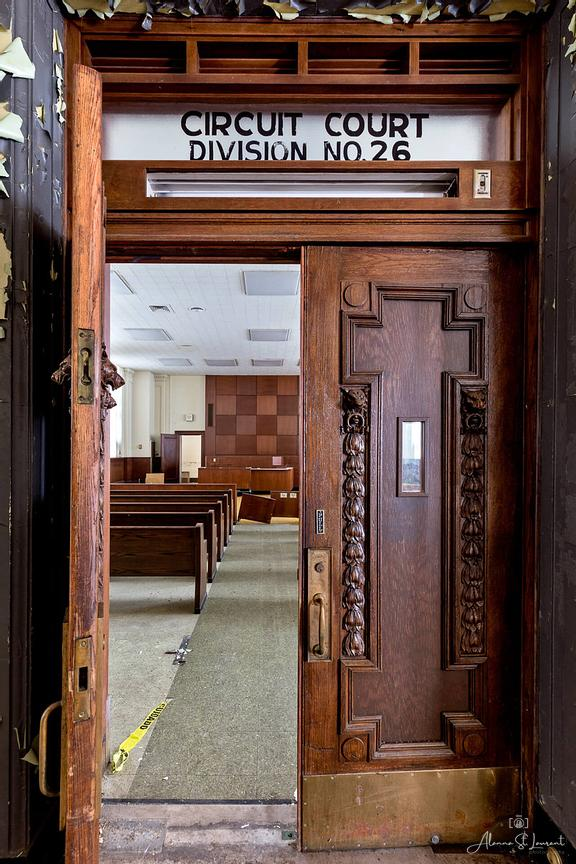 Courthouse_Courtroom_Door
