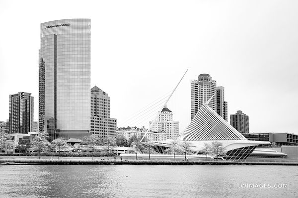 MILWAUKEE LAKEFRONT AND DOWNTOWN SKYLINE MILWAUKEE WISCONSIN BLACK AND WHITE