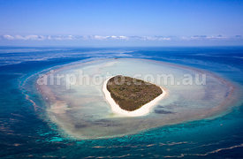 Broomfield Island, Great Barrier Reef.