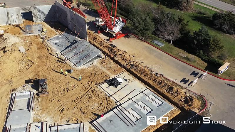 Lifting a Concrete Panel for a Building Wall,  Bryan, Texas, USA