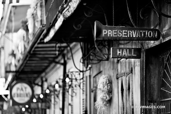PRESERVATION HALL FRENCH QUARTER NEW ORLEANS LOUISIANA JAZZ BLACK AND WHITE