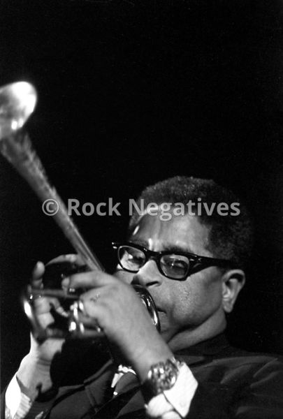 Dizzy_Gillespie_-Group_02-146