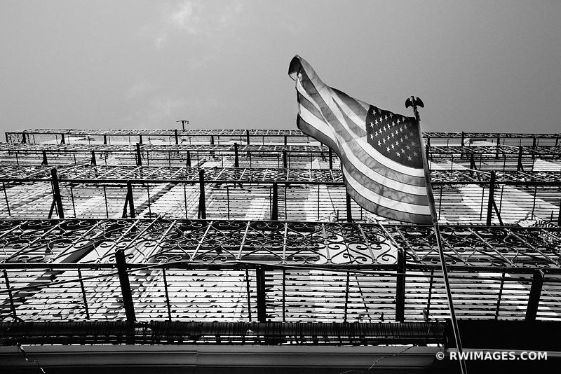 BOSTON NORTH END BLACK AND WHITE