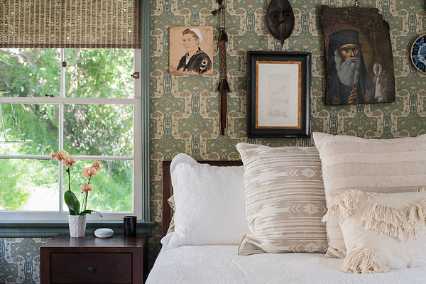 Laurel-Canyon-bed