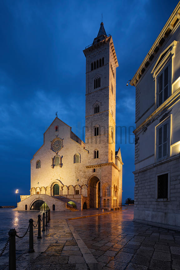 Cattedrale di Trani Basilica at Dawn
