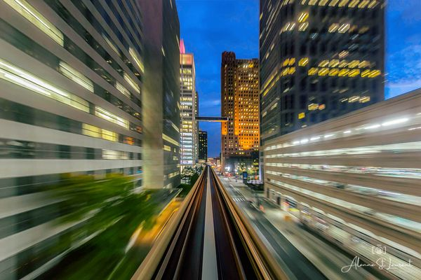 People_Mover_Watching_the_World_Go_By