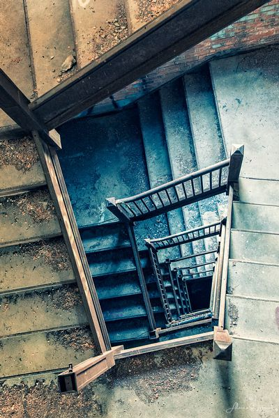 Vinewood_Warehouse_Staircase