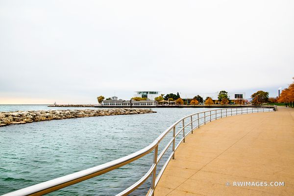 MILWAUKEE LAKEFRONT PROMENADE HARBOR HOUSE AND DISCOVERY WORLD MILWAUKEE WISCONSIN