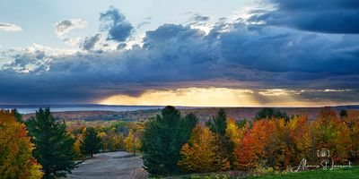 Little_Traverse_Nature_Conservancy_Stormy_Sky_God_Rays-2