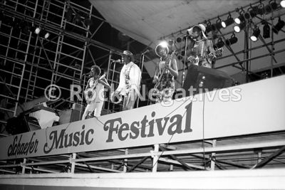 JH_ChambersBros_19710821_SchaefferFest_35mm_Negatives-Chambers_Bros-010