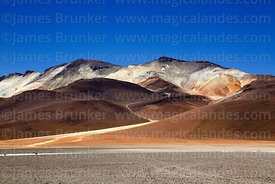 View north across Pampa Rio Blanco towards Cerro Poderosa volcano, Eduardo Avaroa Andean Fauna National Reserve, Bolivia