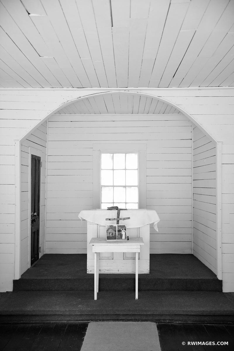 ALTAR FIRST AFRICAN BAPTIST CHURCH THE SETTLEMENT CUMBERLAND ISLAND GEORGIA BLACK AND WHITE