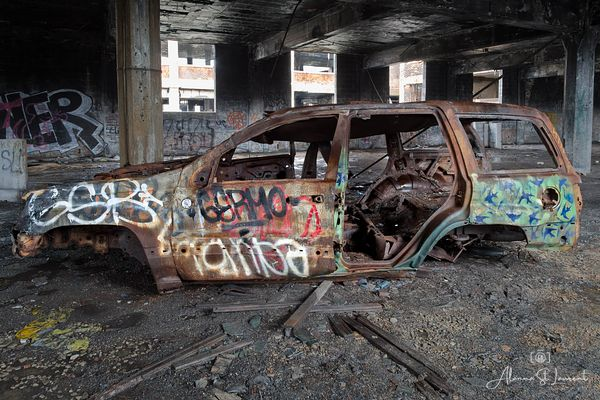 Packard_Rusted_Old_Car