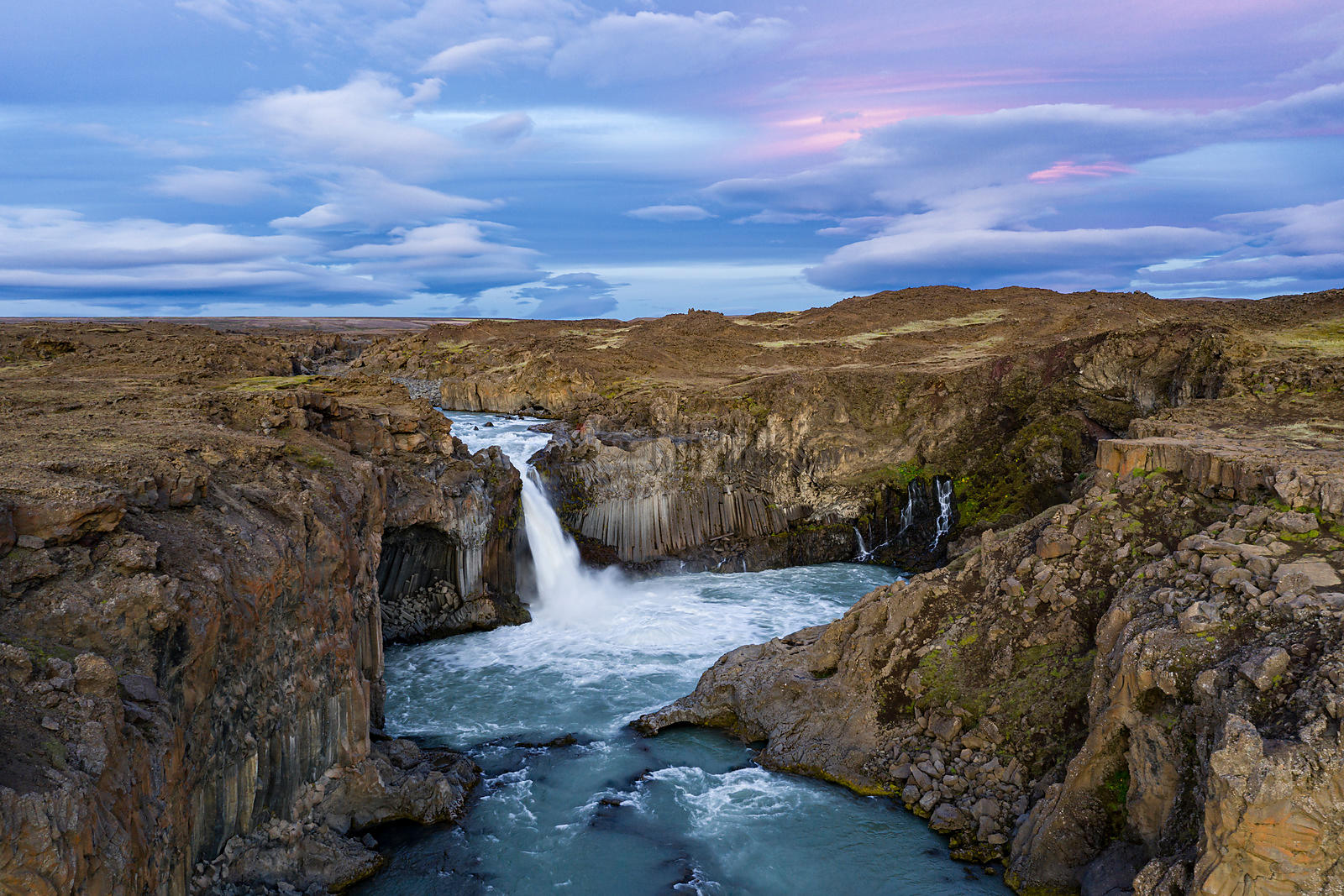 Aldeyjarfoss at Dusk