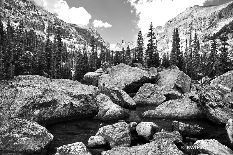 BOULDERS NEAR LAKE HAIYAHA ROCKY MOUNTAIN NATIONAL PARK COLORADO BLACK AND WHITE