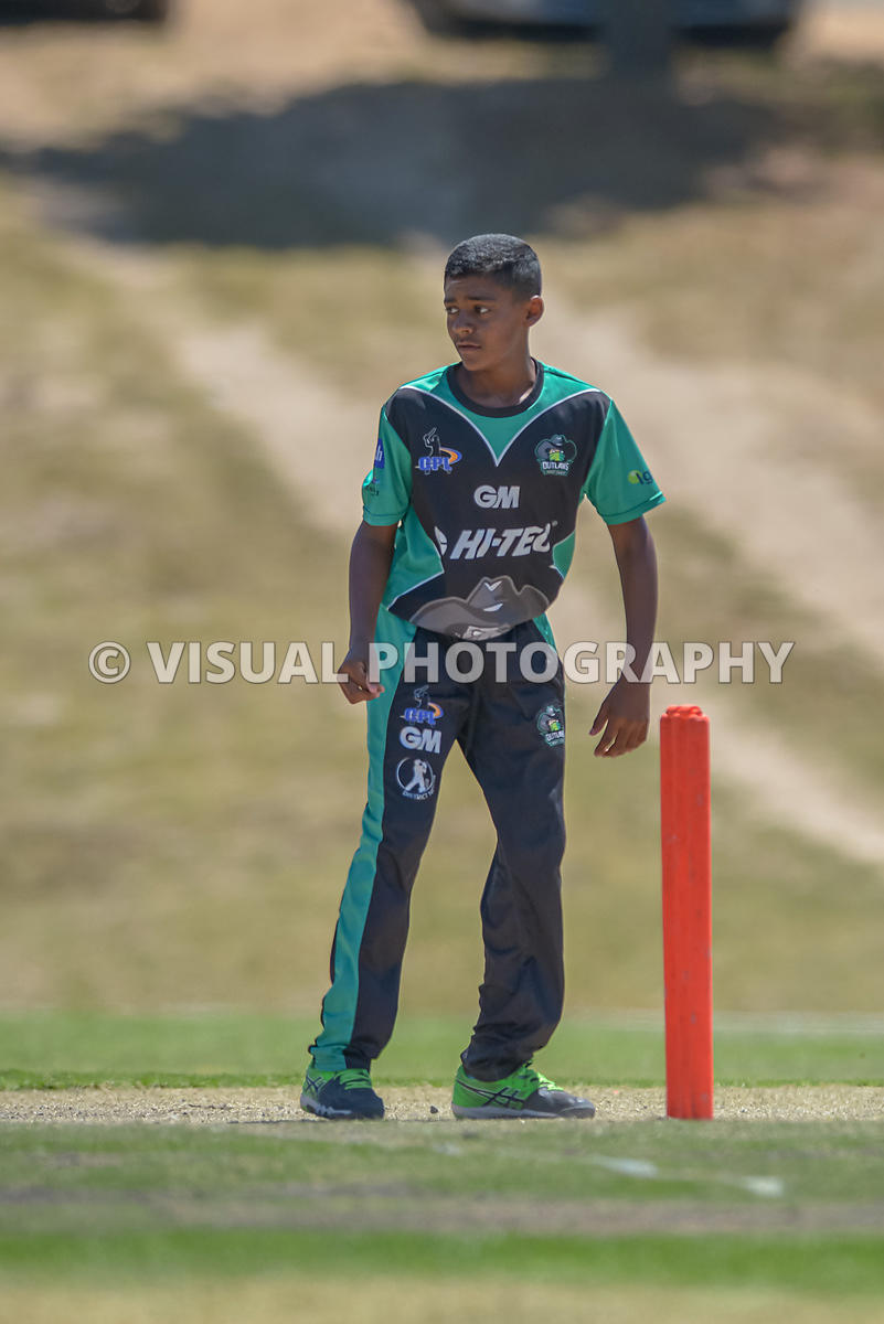 Under 13 - Outlaws - Vs - Phantoms - Durbanville Cricket Club .