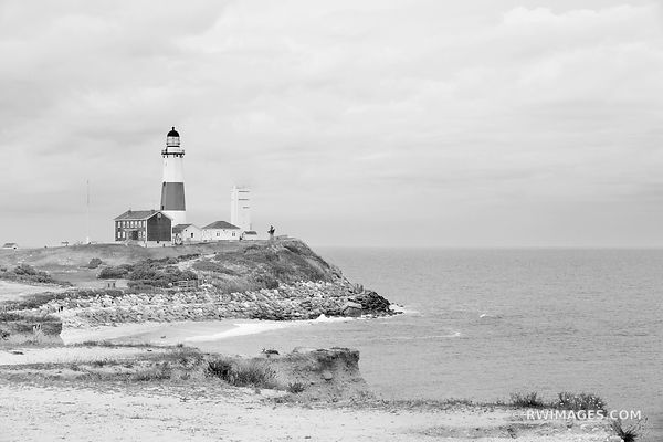 MONTAUK POINT LIGHTHOUSE LONG ISLAND NEW YORK BLACK AND WHITE