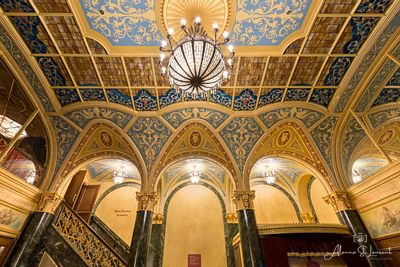 Detroit_Opera_House_Ford_Lobby_Ceiling