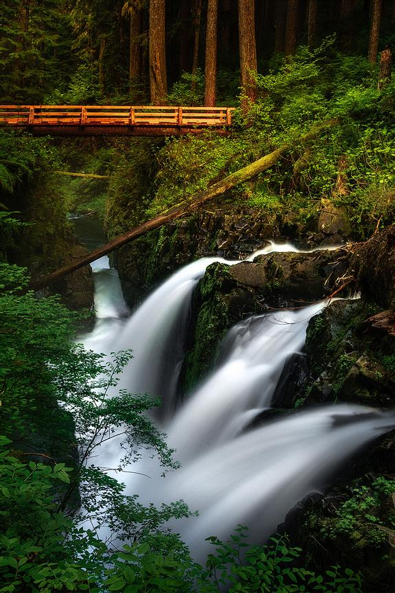 Sol_Duc_Falls_And_New_Bridge_web