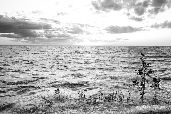 SUNSET LAKE MICHIGAN WASHINGTON ISLAND DOOR COUNTY WISCONSIN BLACK AND WHITE