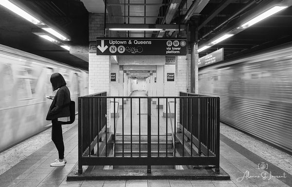 NYC_Canal_Street_Subway_Station_Lone_Girl