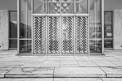 McGregor_Conference_Center_Front_Door