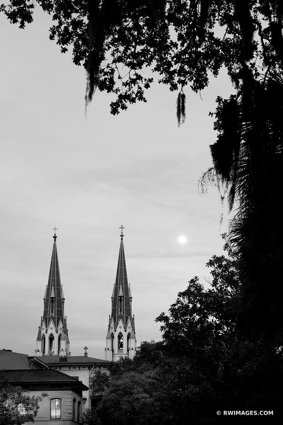 FULL MOON OVER SAVANNAH GEORGIA BLACK AND WHITE