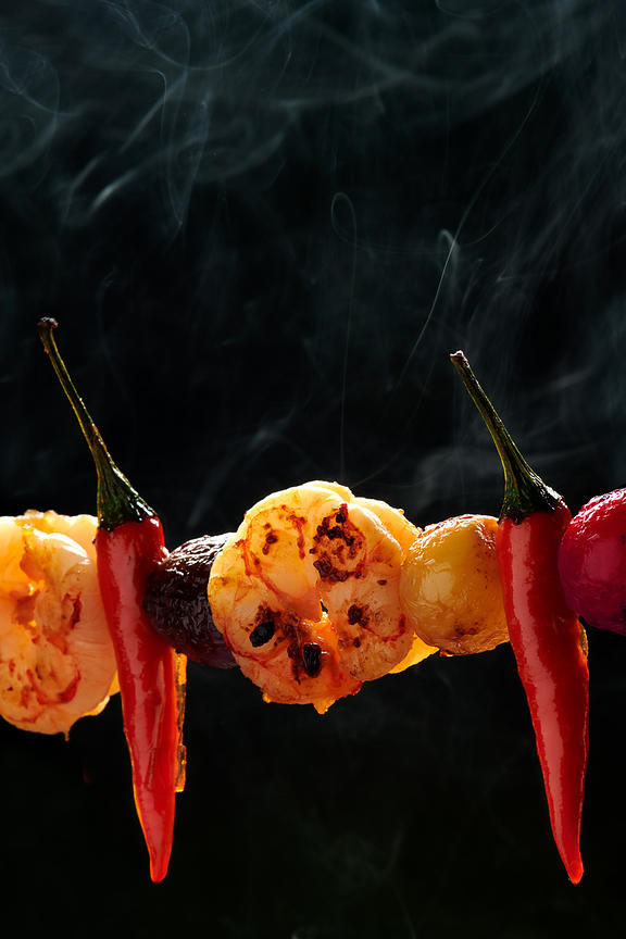 Montreal Food photographer, restaurant menu cover, shrimp-kabob with onions and hot peppers, commercial photography