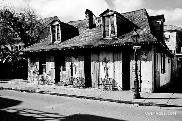 LAFITTES BOURBON STREET FRENCH QUARTER NEW ORLEANS BLACK AND WHITE