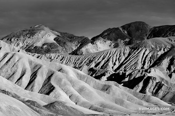 ARTISTS DRIVE DEATH VALLEY CALIFORNIA BLACK AND WHITE