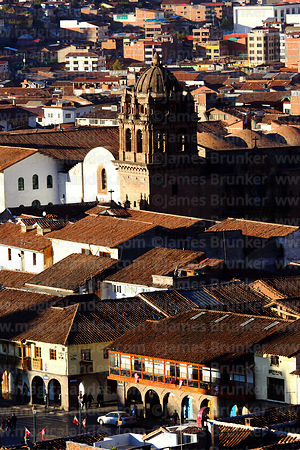 Rooftop view of part of Plaza de Armas and La Merced church in background, Cusco, Peru