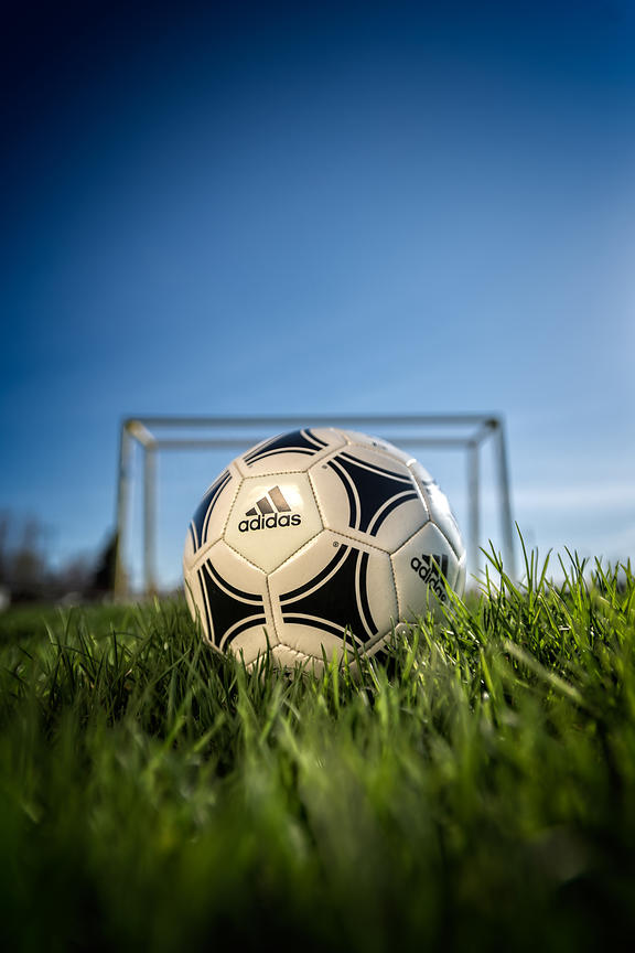 Montreal e-commerce photographer, Adidas Soccer ball, commercial photography