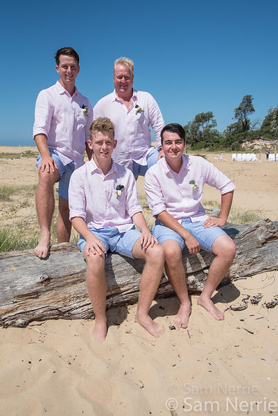 Beach_Wedding_Groomsmen