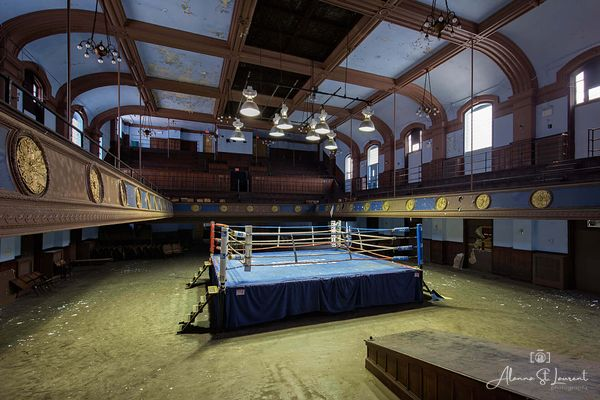 Blue_Horizon_Boxing_Ring_Side_View
