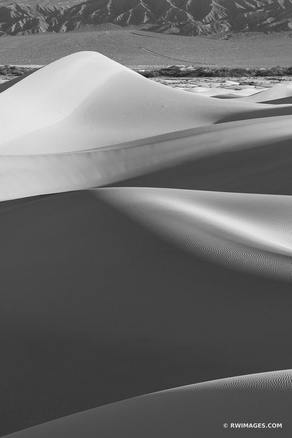 MESQUITE FLAT SAND DUNES DEATH VALLEY CALIFORNIA AMERICAN SOUTHWEST DESERT VERTICAL LANDSCAPE BLACK AND WHITE