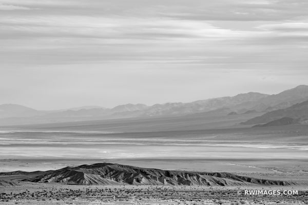 DEATH VALLEY CALIFORNIA AMERICAN SOUTHWEST DESERT LANDSCAPE BLACK AND WHITE