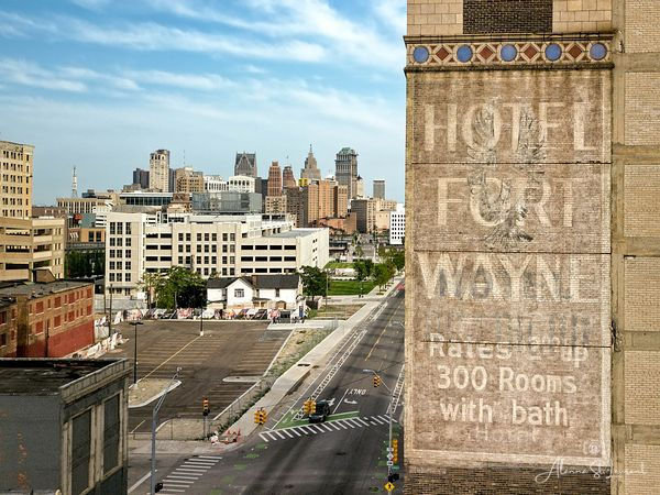 Hotel_Fort_Wayne_Ghost_Sign