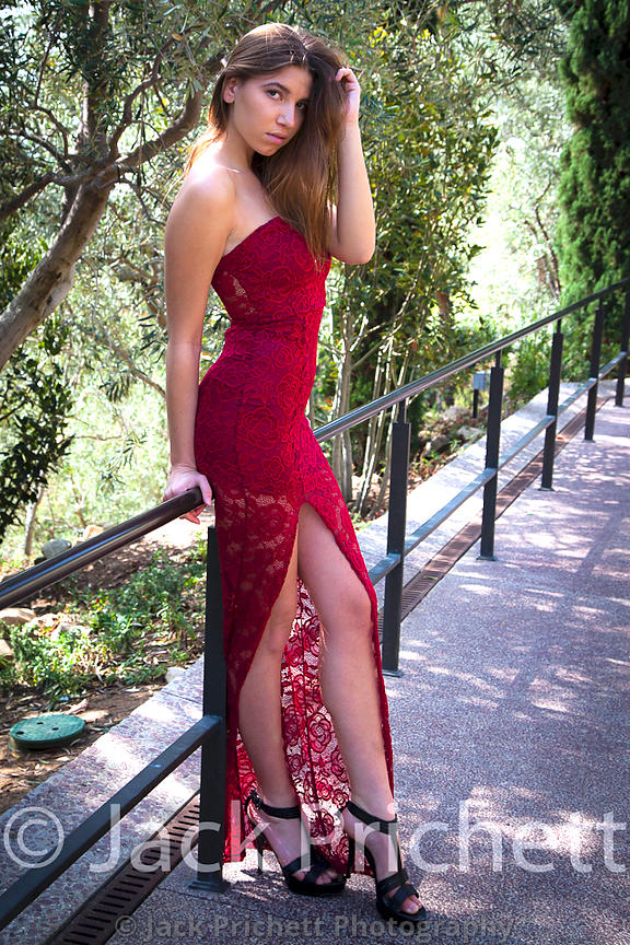 Mila_red_dress_quik_select_web-0847